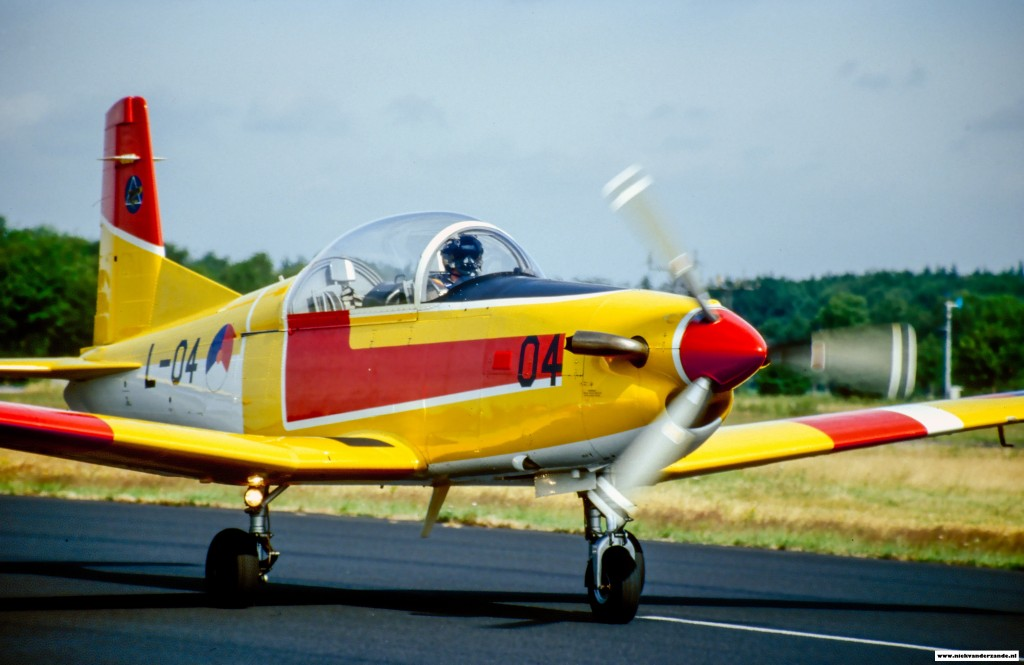 PC-7 L-04 of the EMVO taxiing in for the static display
