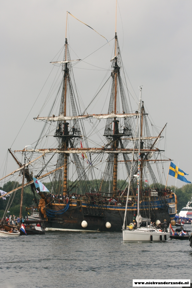 The Götheborg is also used by the NPO for all the TV braodcasts during Sail 2015