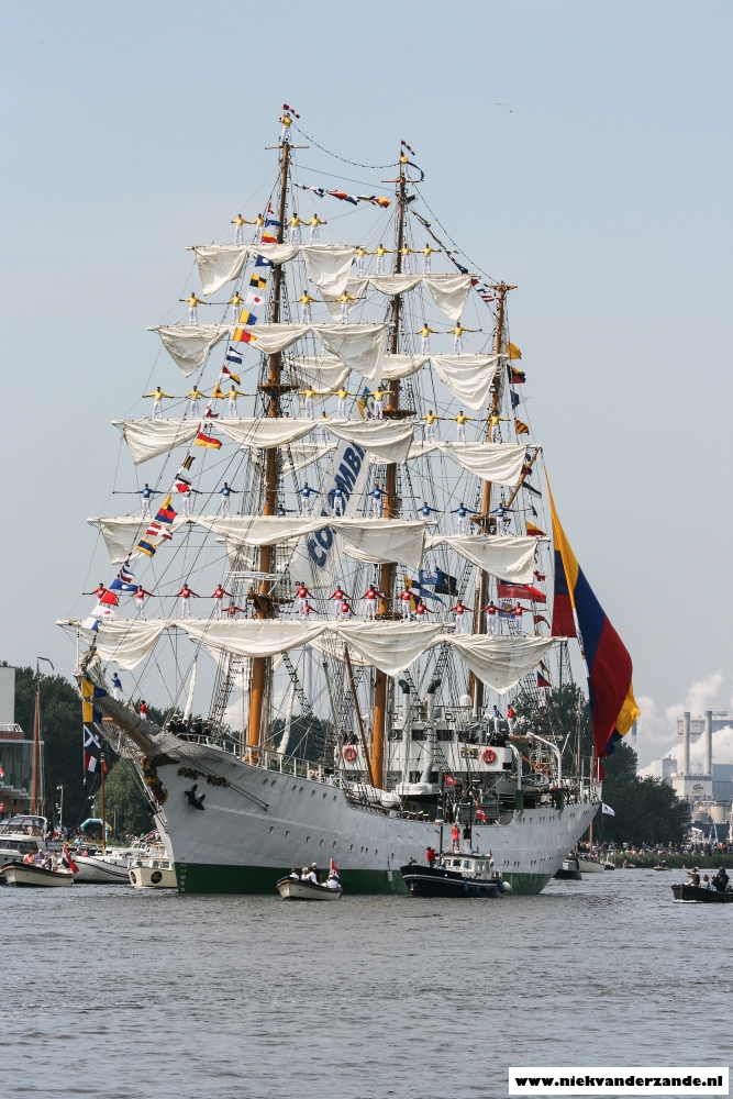 The Colombian ARC Gloria sails through the Noordzee Kanaal in all its glory.
